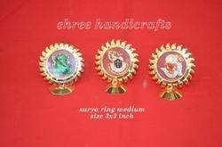 Surya Ring Frame Medium