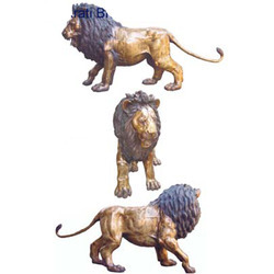 Yellow Outdoor Lion Brass Sculptures, Usage: Interior Decor, Exterior Decor