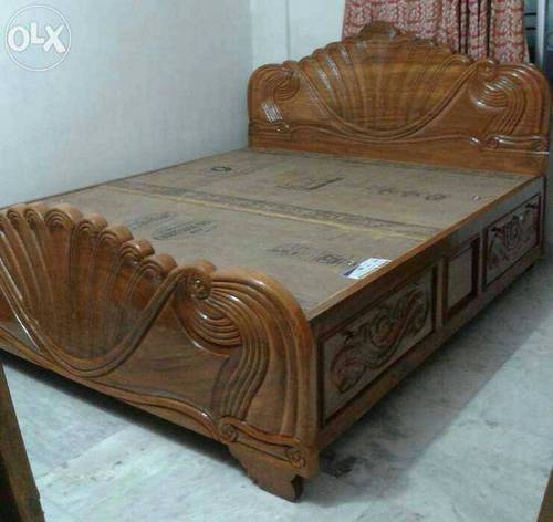 Awesome Wooden Bed   Heavy Designed Box Bed