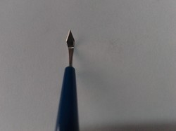 Ophthalmic Surgical Sharp Tip Keratome Blade