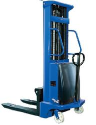 CUMI Semi Electric Stacker