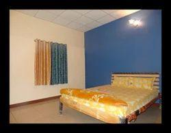 Deluxe Rooms Rental Service