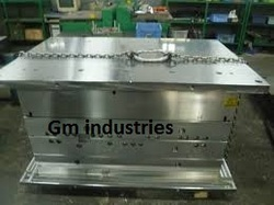 Injection Mold Maker