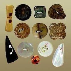 Kurti Natural Buttons