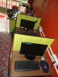 Internet Cafe, Size/Area: <180 To <200 Square Feet