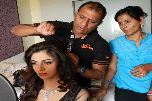 Hair Cuts For Women And Men In Jaipur Id 8154079848