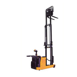 Reach Stacker