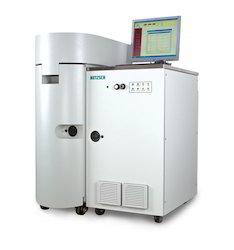Automatic Pressure Tracking Adiabatic Calorimeter