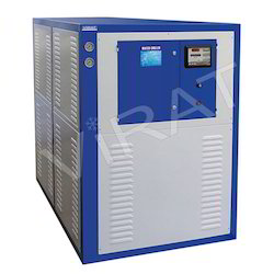 Regular Three Phase Water Cooled Packaged Chiller, 28 - 275 Kw