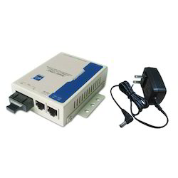 2-port 10/100M Industrial Fast Ethernet Media Converter