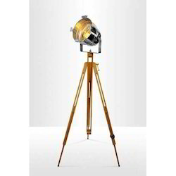 Tripod With Spot Light
