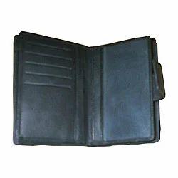 Plain Manufacturer of Leather Ladies Wallets, Compartments: 3