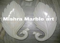 Marble Decorative Peacock Shaped Leaves