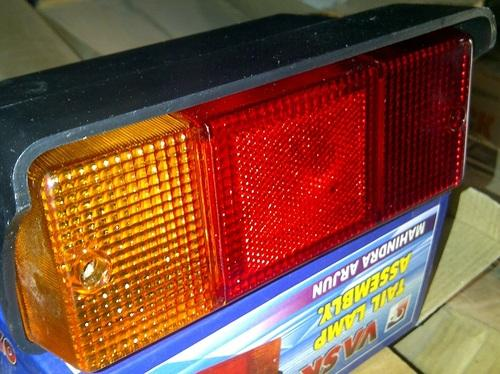 Tractor Lights - Headlight Assembly John Deere Tractor Latest Model