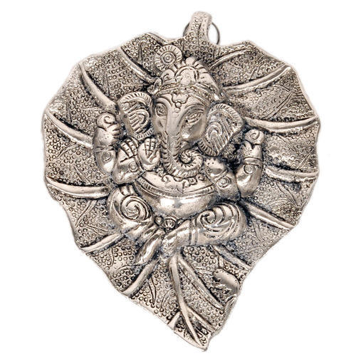 White Metal Leaf Ganesha Idol Hanging At Rs 90 Piece S Ganesh