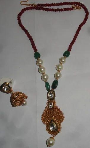 Light Pendant Set Light weight gold kundan pendant set agarwal co jaipur id light weight gold kundan pendant set audiocablefo