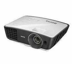 Benq Projector W750