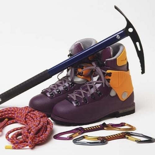 Mountaineering Equipment at Best Price in India