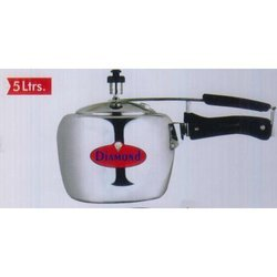 Diamond Silver Apple Pressure Cooker 3 ltrs