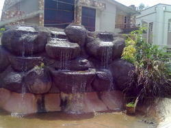 R811 Rock Fountain