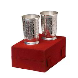 Silver Floral Glass Set