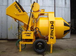 Mini Mobile Batching Plant RD 750 3 Bins