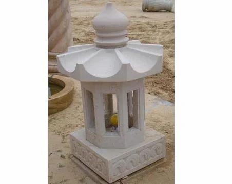 sandstone Garden Lamp