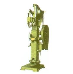 Special Riveting Machine