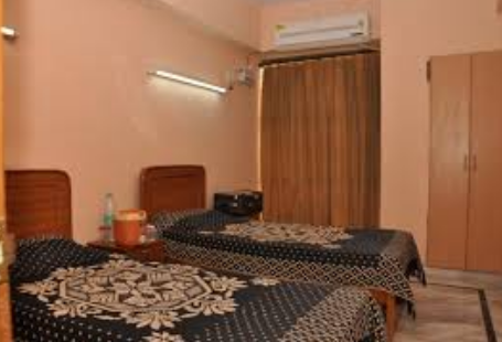 S R Girls Hostel Allahabad Service Provider Of Ac Rooms