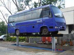 SCHUMAK Mild Steel Bus Washing Lift, Capacity: 16 Tons Max., 4-6 tons