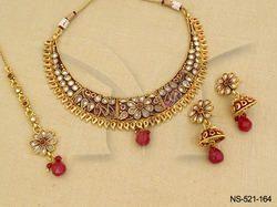 Flower Design Antique Necklace Set