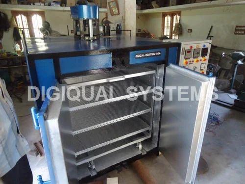 Digital Cabinet Industrial Oven, Capacity: 200 Kg