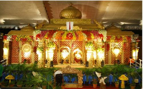 Reception Stage Flower Decoration Service In Hyderabad