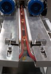 Side Grip Conveyor