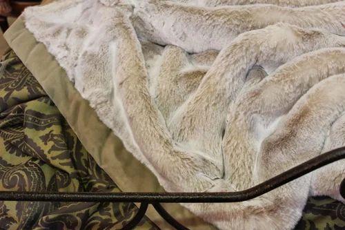 Interior Fur Bed Sheets fur bed sheet at rs 1000 piece sheets id 6463216012 sheet