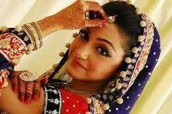 Beauty Parlor/Bridal Makeup Services