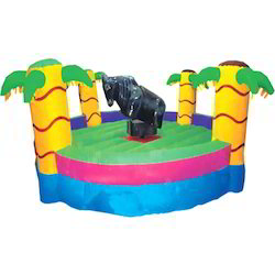 Bull Ride Inflatable Tree Amusement Ride