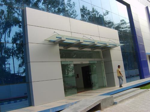 Main Entrance Canopy & Main Entrance Canopy - Glass Canopy Manufacturer from New Delhi