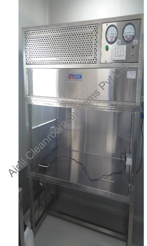 Cleanroom Equipment Laminar Flow Bench Manufacturer From