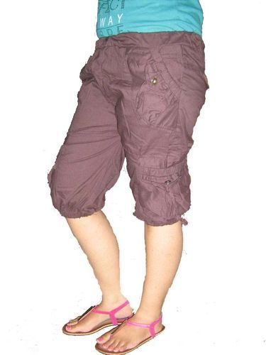 Girls Capri at Rs 350/piece   Capri Shorts   ID: 9794187348