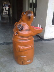 Animal Shaped FRP Garden Dustbin