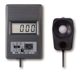 Digital Lux Meter BP-101