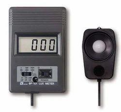 Digital Lux Meter BP-101