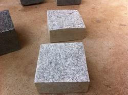 Granite Machine Cut Cobble Stone