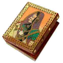 Golden Jewelery Box
