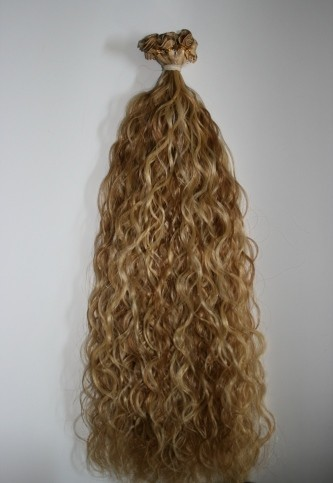 Virgin Remy Hair Blonde Loose Curly Hair For Personal Rs 1000 Piece Onwards Id 8897595212