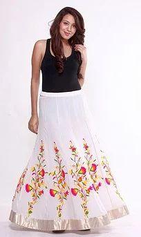 5419595de Flared Multicoloured Full-Length Skirt at Rs 4199 | Female Skirts ...