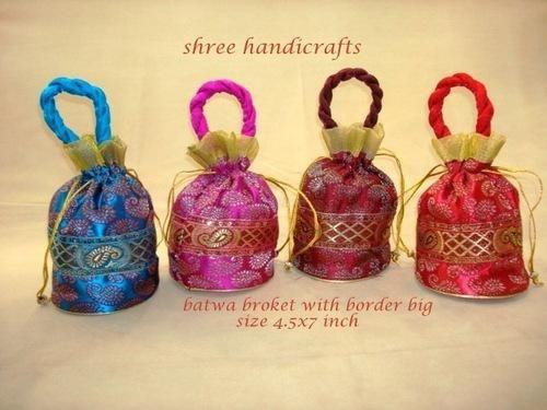 Decorative Batwa Batwa Kutchi Work Wholesale Trader From Nadiad