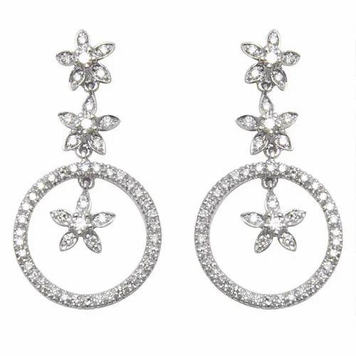 18 K White Gold Diamond Earring