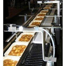 Tray Conveyor Machine